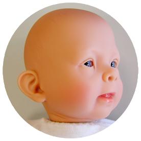 FASI – die weltweit erste naturgetreue FASD-Puppe